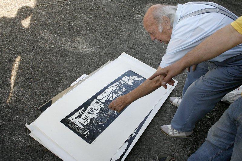 9.09.09 Foto: Anja CordWalter Demgen mit seinen Arbeiten